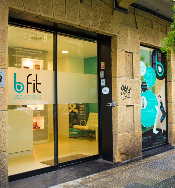 Entrada a Bfit Getxo, Centro de Fisioterapia y Entrenamiento Personal EMS