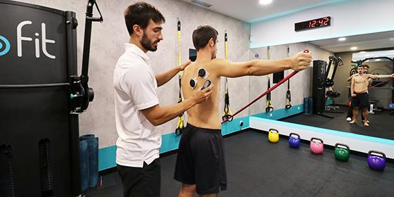 Involucrar en el tratamiento de fisioterapia